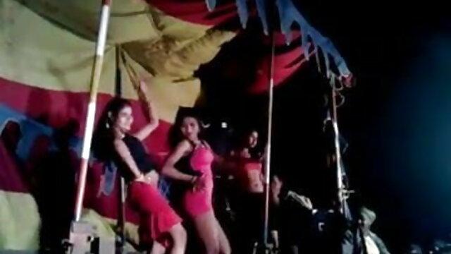 সুন্দরী বাংলা 3x video বালিকা