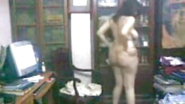 বড়ো বুকের মেয়ের, বড়ো মাই বাংলা porn video