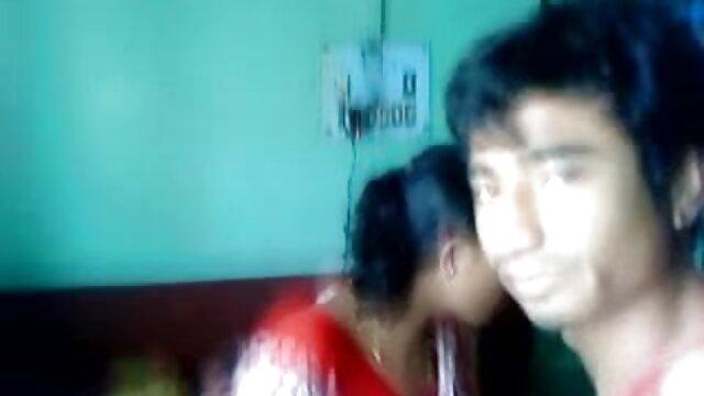 কামে বাংলাsex ভিডিও দিশাহারা মহিলার, ছেলে বন্ধু