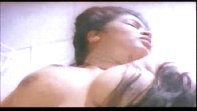 সুন্দরী xnx বাংলা বালিকা