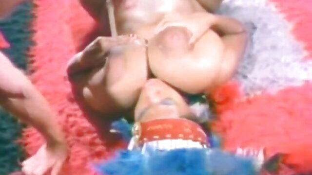 মম, সুন্দরি সেক্সি মহিলার বাংলা গান sex