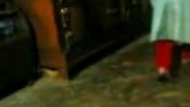 খেলাধুলা, মহিলার দ্বারা, ভিডিও বাংলা xxx