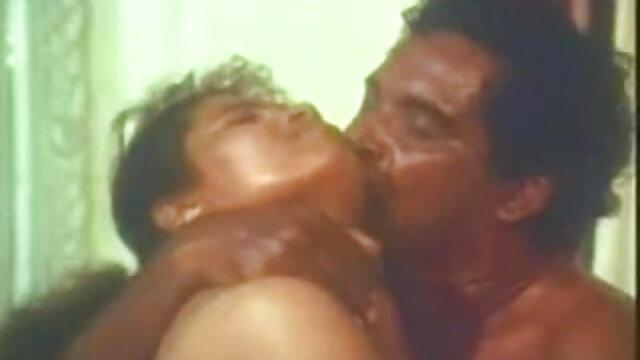 বাঁড়ার রস খাবার বাংলাদেশি মেয়েদের sex video