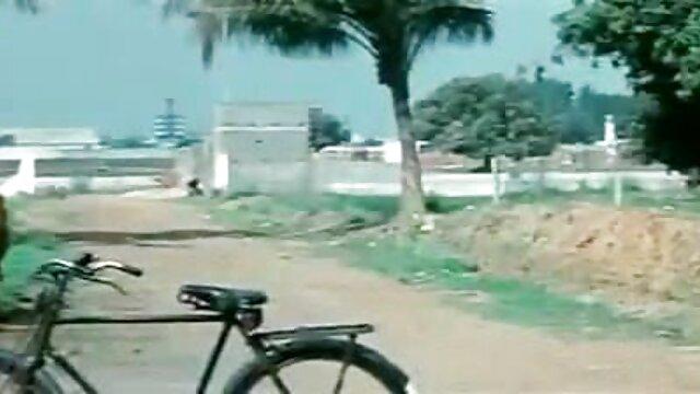 বড় সুন্দরী মহিলা বাংলা সেক্স এক্সক্সক্স
