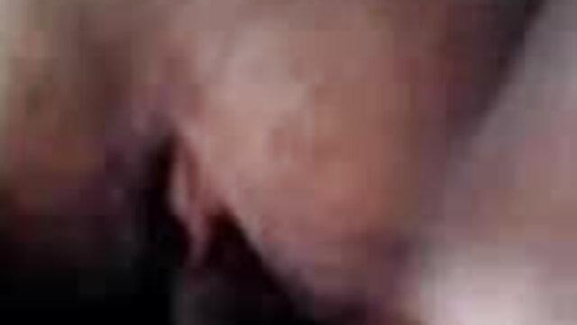 হাতের বাংলা দেশি sex video কাজ, বাঁড়ার রস খাবার