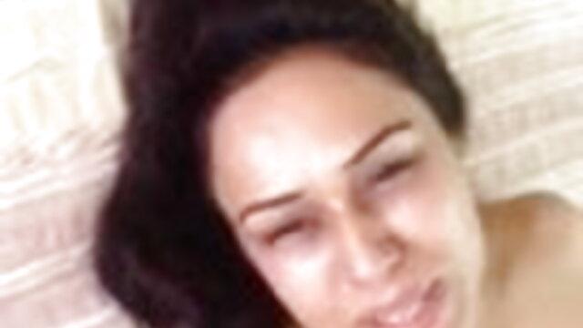 মাই এর স্বর্ণকেশী সুন্দরী বালিকা বাঁড়ার রস খাবার xxx video বাংলা
