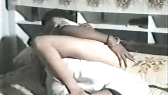 পুরানো-বালিকা বন্ধু xxx বাংলা গান স্বর্ণকেশী