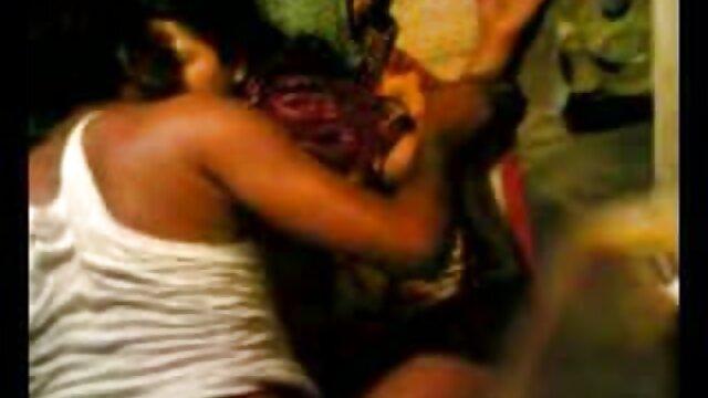 বড়ো বাঁড়া, দুধ, মাই এর কাজের বাংলা কলেজ sex