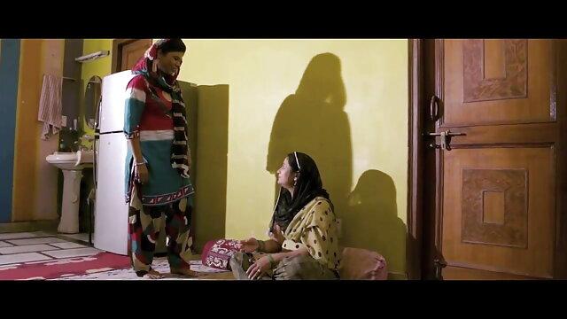 বড়ো www xnxx con বাংলা বুকের মেয়ের, স্বর্ণকেশী