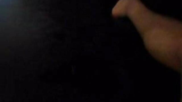 তার স্বামী একটি ব্যবসার কাজে যখন নারী, রাত xxx বাংলা video কাটাতে